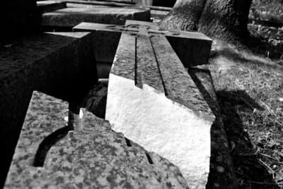 Renowacja nagrobków i pomników Zielona Góra