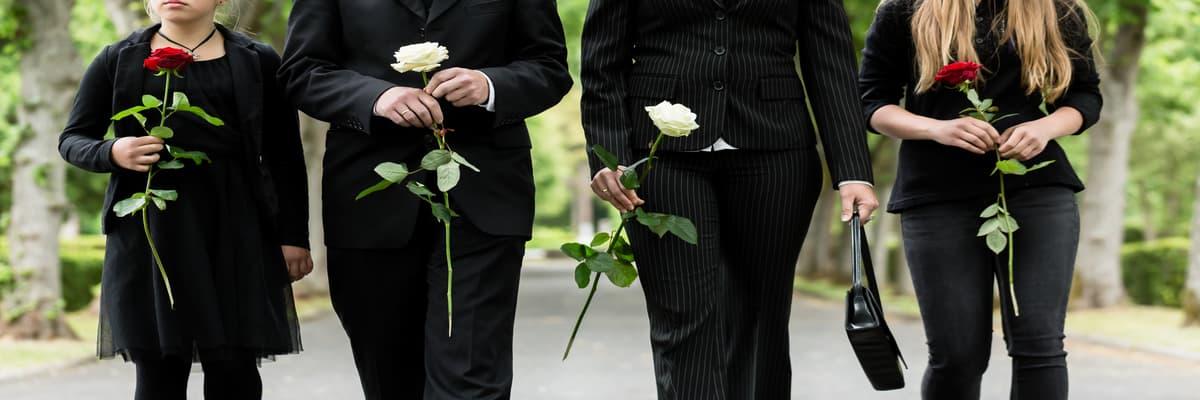 Jak się ubrać na pogrzeb? Porady