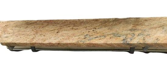 parapet z granitu z kapinosem