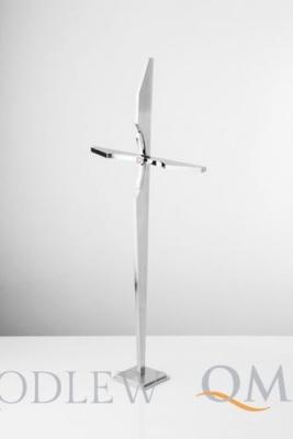 krzyż stojący z oczkiem KS21