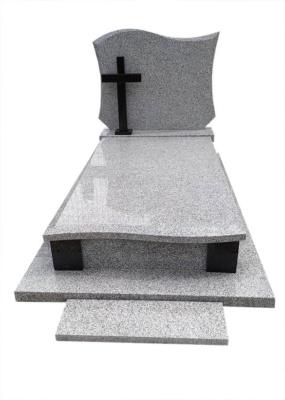 Nagrobek granitowy z kamienia Strzelin i Czarny Szwed
