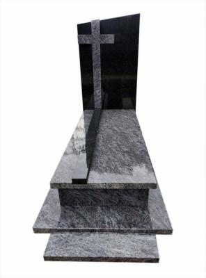 nagrobek z niebieskiego granitu orion z krzyżem