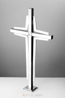 stalowy krzyż stojący KS4