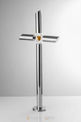 stalowy krzyż stojący z kryształem KS17