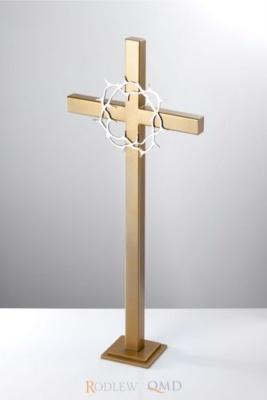 złoty krzyż stojący z koroną cierniową KS20z