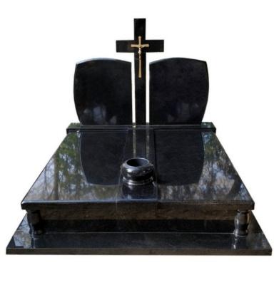 grobowiec z czarnego szweda