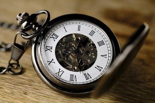zatrzymywanie zegarów po śmierci